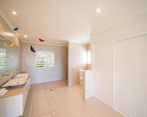 Queensland-Airlie-Beach-Penthouse-Apartments-new (35)