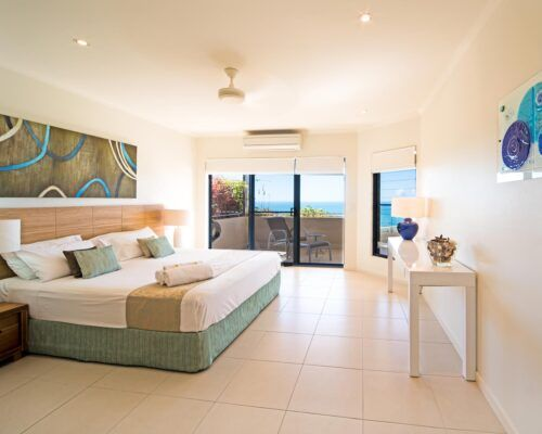 Queensland-Airlie-Beach-Penthouse-Apartments-new (5)