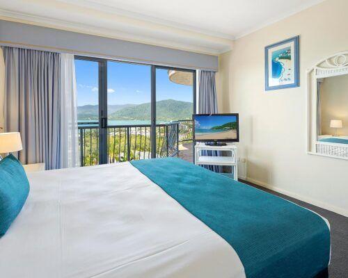 queensland-airlie-beach-2-bedroom-apartments (22)