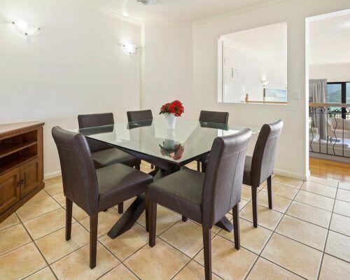 queensland-airlie-beach-2-bedroom-apartments (6)