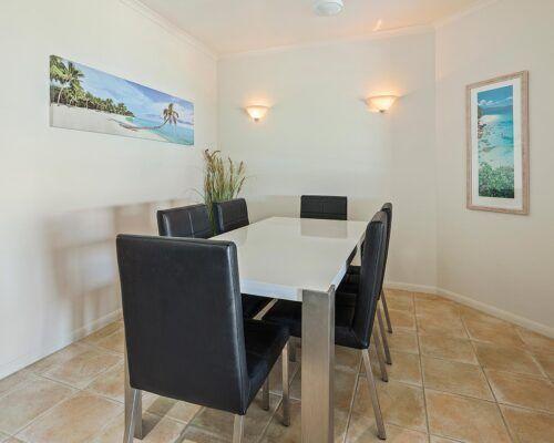 queensland-airlie-beach-3-bedroom-apartments (16)